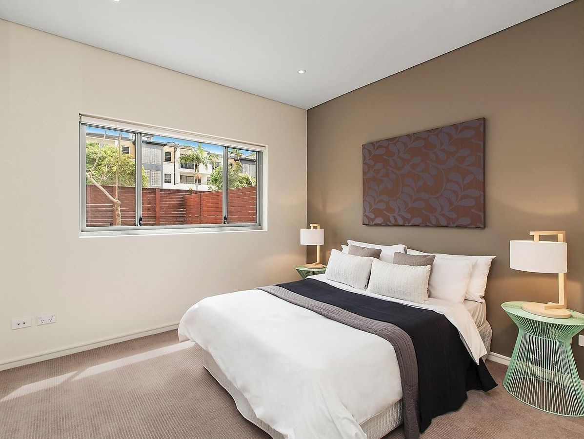 1/54A Blackwall Point Road, Chiswick