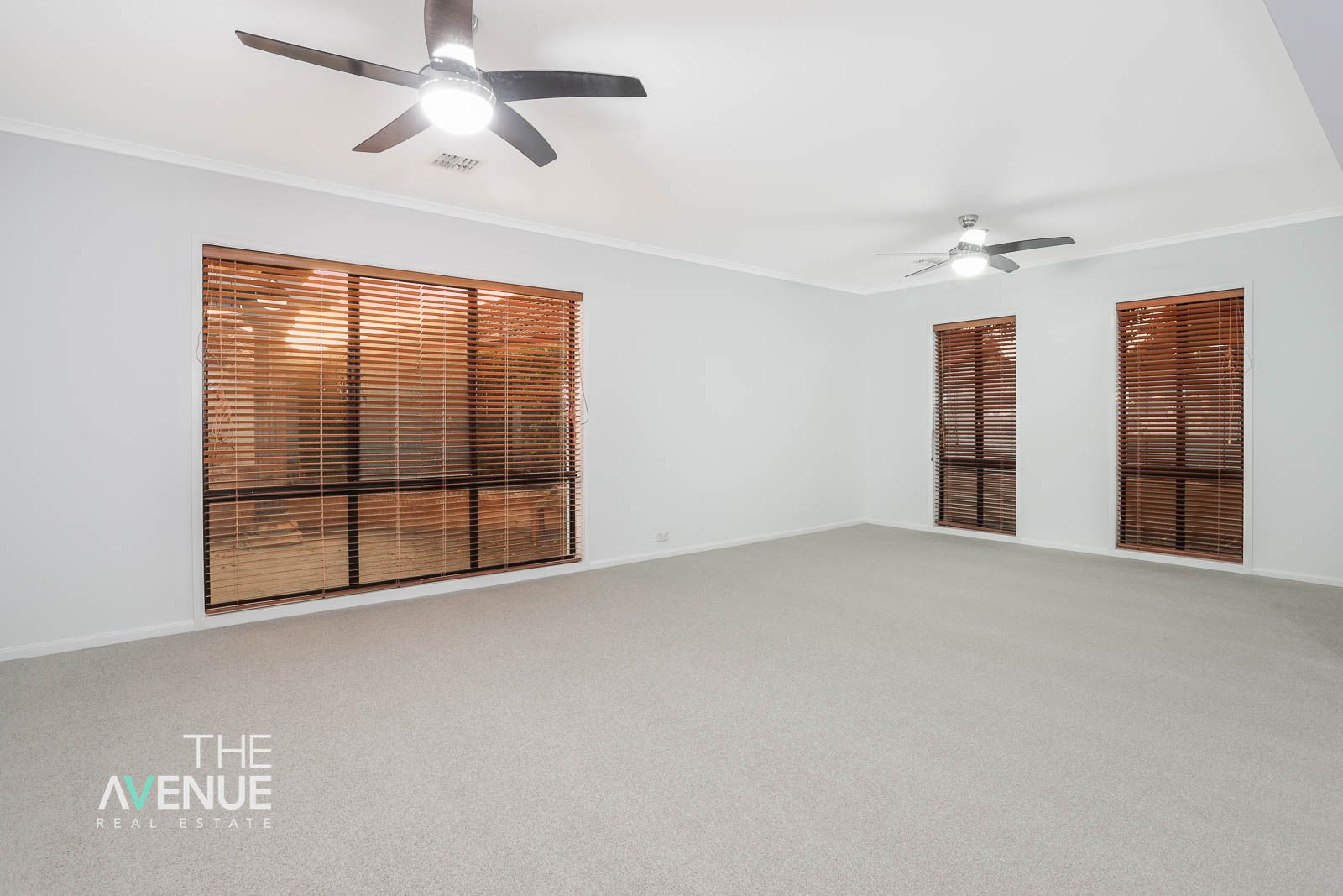 15 Arizona Place, Stanhope Gardens NSW 2768