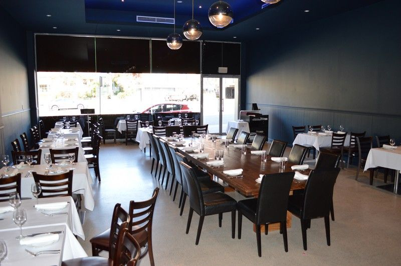 DEAL TO BE DONE ASAP! FULLY EQUIPPED AND APPROVED RESTAURANT WITH LIQUOR LICENSE!