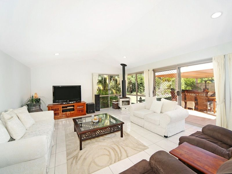 112 Redwood Road, Doonan QLD 4562
