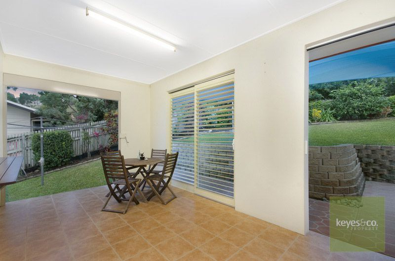 2 Kensington Court, Castle Hill
