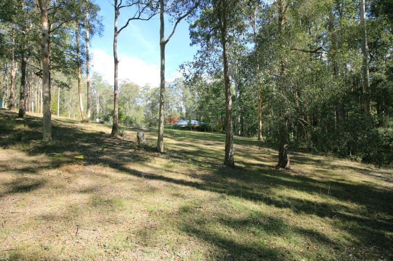 Lifestyle Acres, Family Home Near Rollands Plains
