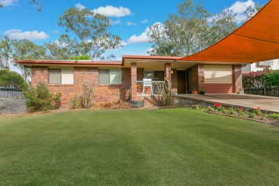 SOLID LOWSET BRICK HOME - MINUTES FROM IPSWICH CBD
