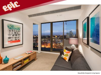 Epic: 33th Floor - Spacious Near New Apartment!