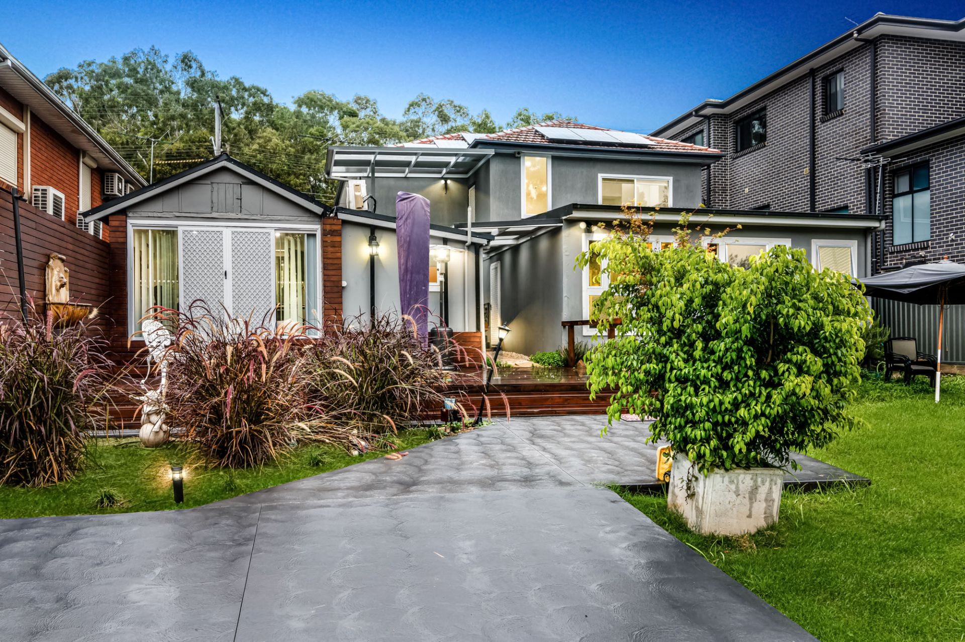 182 Henry Lawson Drive, Georges Hall