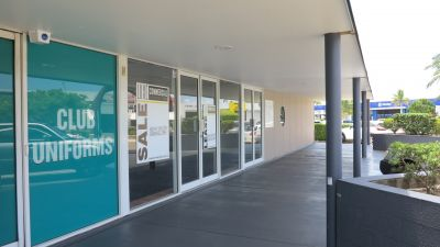 SHOWROOM OR COMMERCIAL OFFICE WITH HUGE SIGNAGE | MAROOCHYDORE