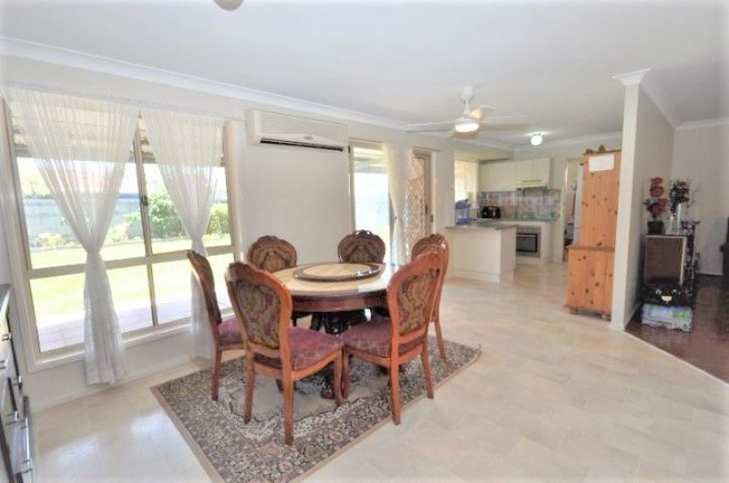 For Sale By Owner: 130 Fourth Ave, Marsden, QLD 4132
