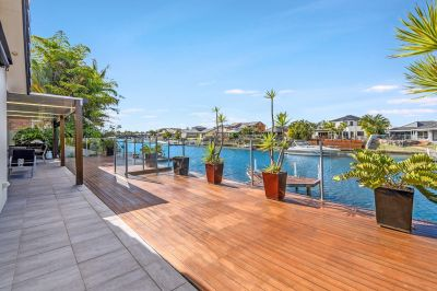 Fully Renovated Home.. 20.1m* Waterfrontage.