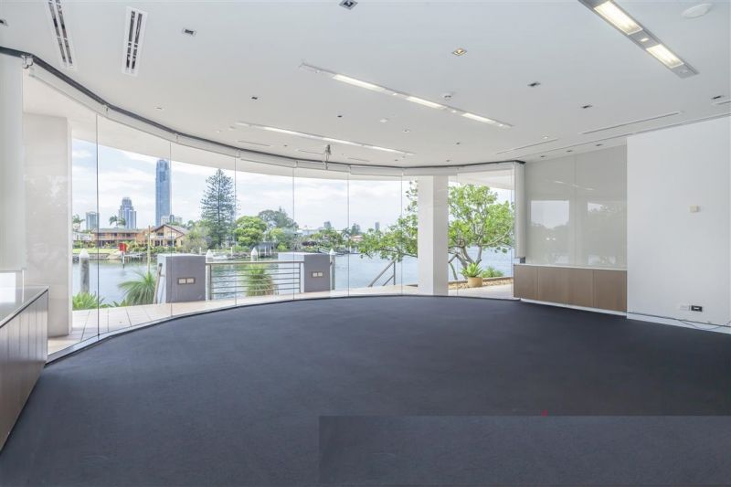 'A' Grade Waterfront Office With Stunning Skyline Views