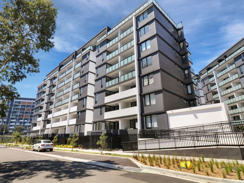 LUXURY APARTMENTS - When Quality, Size & Location Matters.
