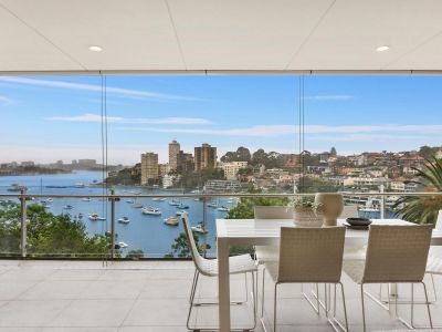 House-like apartment on Lavender Bay with harbour views
