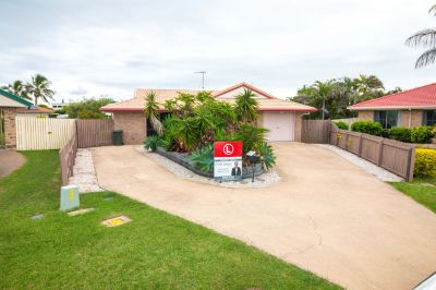 LARGE BEACH-SIDE HOME in BARGARA!
