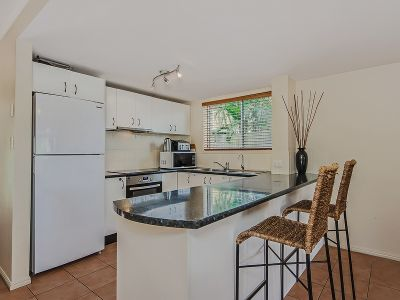 Neat and Tidy 2 Bedroom Townhouse in Peaceful Complex