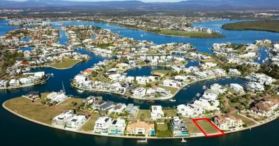 Prime North East 700 m2* Broadwater Block with 21 m* Water Frontage