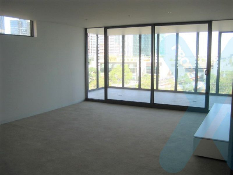Two Bedroom, Two Bathroom in the CBD!