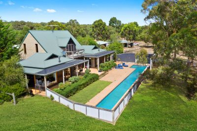 BELLBRAE LIFESTYLE ACREAGE-BELLS BEACH IS YOUR LOCAL!