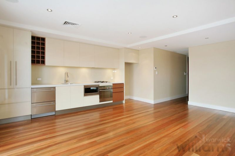 SUPERB TWO BEDROOM APARTMENT