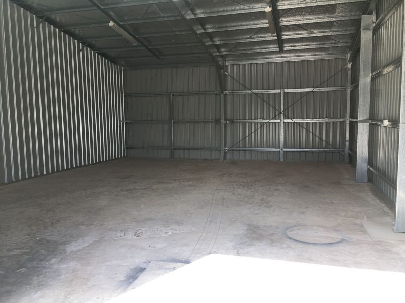 Commercial Property For Lease: Cannonvale, QLD 4802