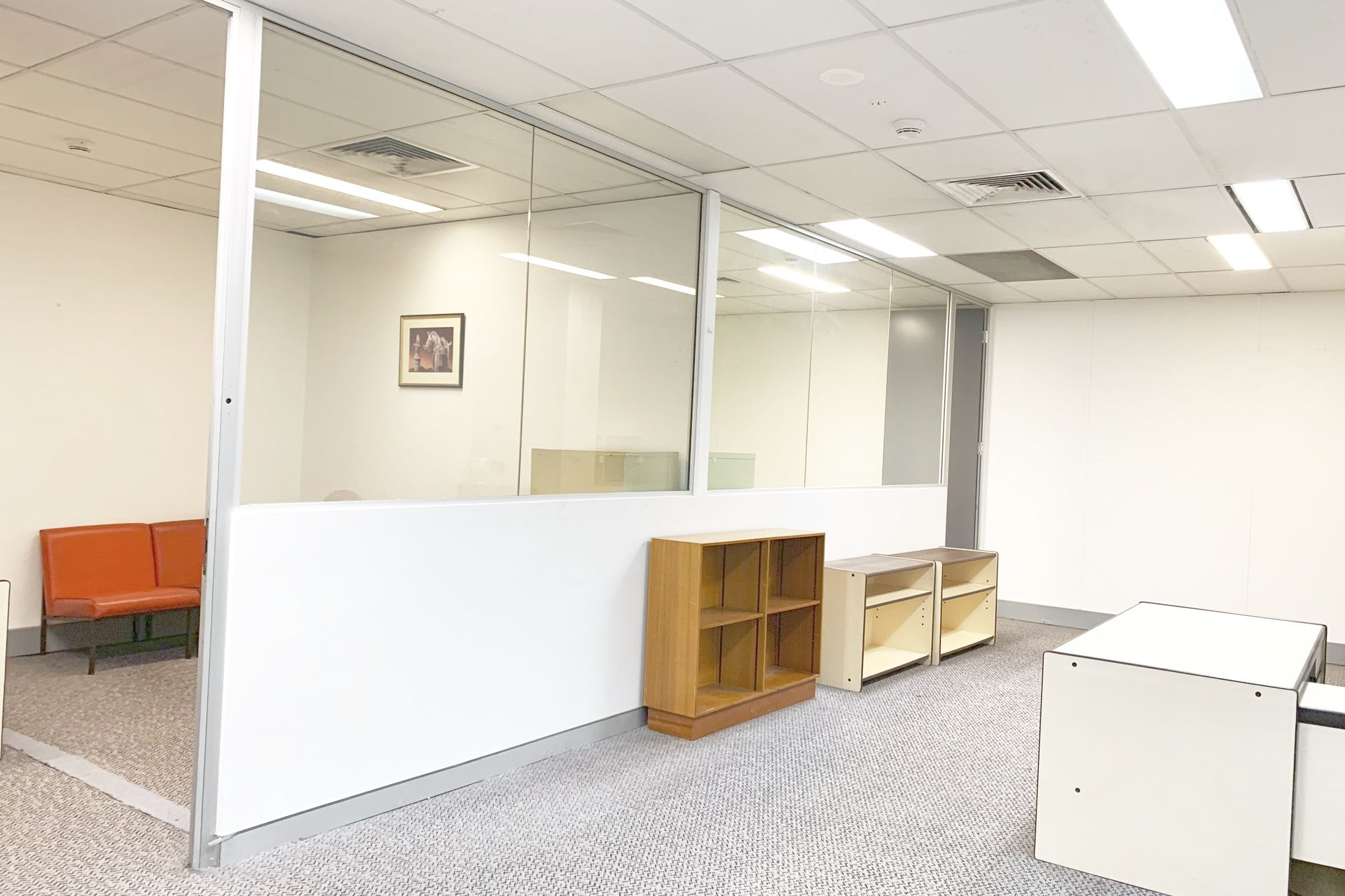 CONTEMPORARY OFFICE SUITE LOCATED IN 'THE HUB'