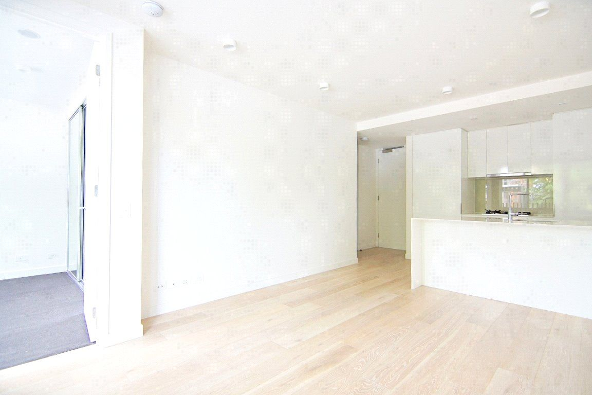 Smart Modern Two Bedroom Apartment in the CBD!