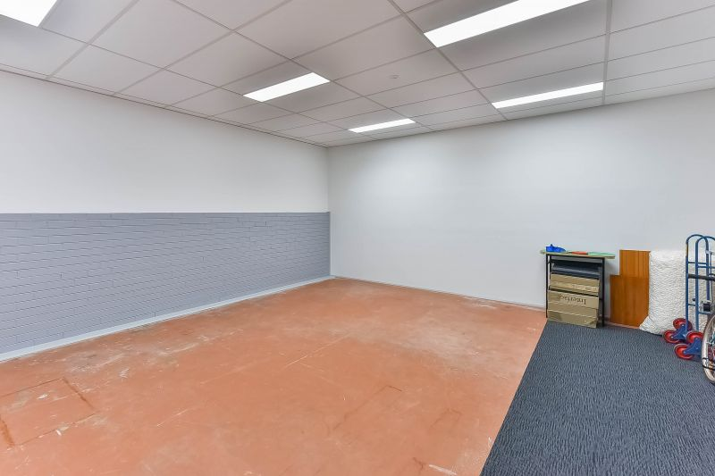 OFFICE, SHOWROOM & RETAIL SPACES AVAILABLE FROM 10 SQM - 200 SQM APPROX,.