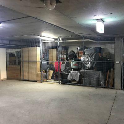 Lock up car space / storeroom