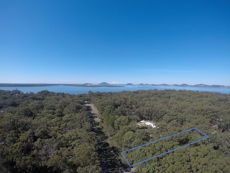 500m to the shores of Port Stephens