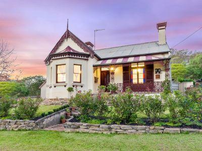 Pretty in Picton -  Historic