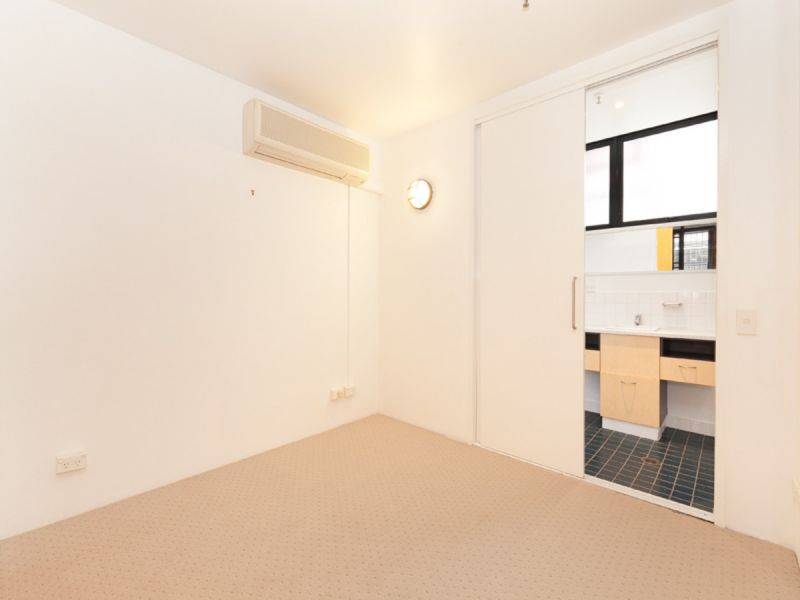 CONVENIENT LIVING IN THE HEART OF TENNERIFFE