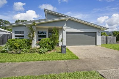 Modern family home in tranquil Northern Beaches location