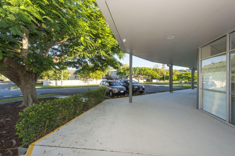 Corner Position in Neighbourhood Centre