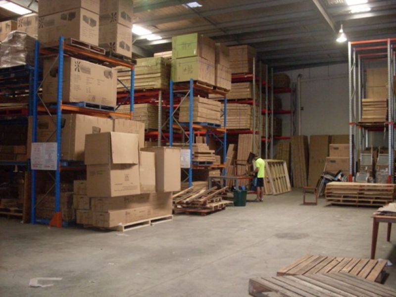 Modern Office/Warehouse Well Located To Major Roads And Transport.