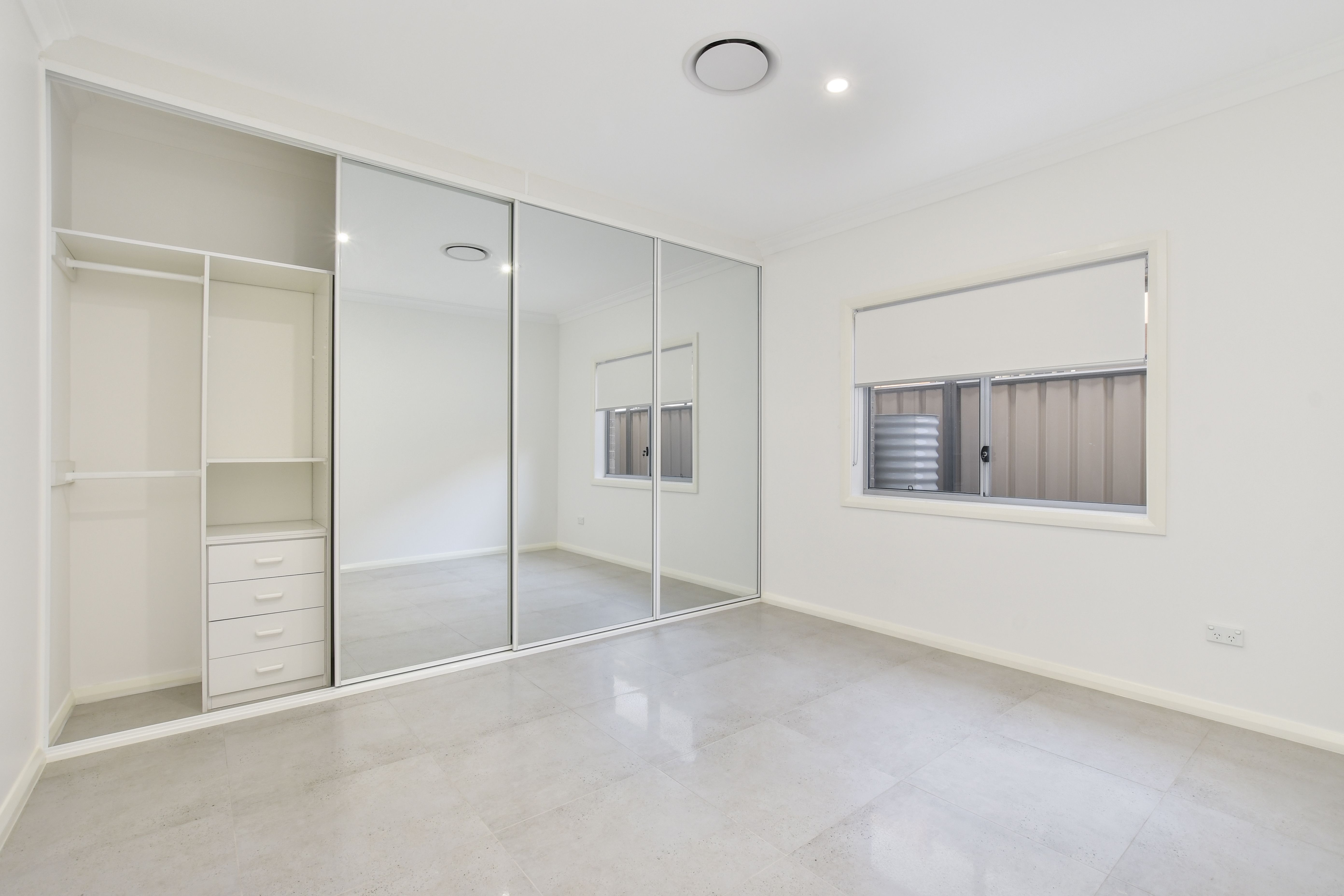 4/25 Memorial Avenue Blackwall 2256