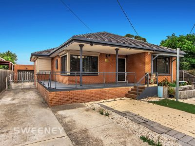 Quality Home! Residential Growth Zone! Opposite Keilor Central!