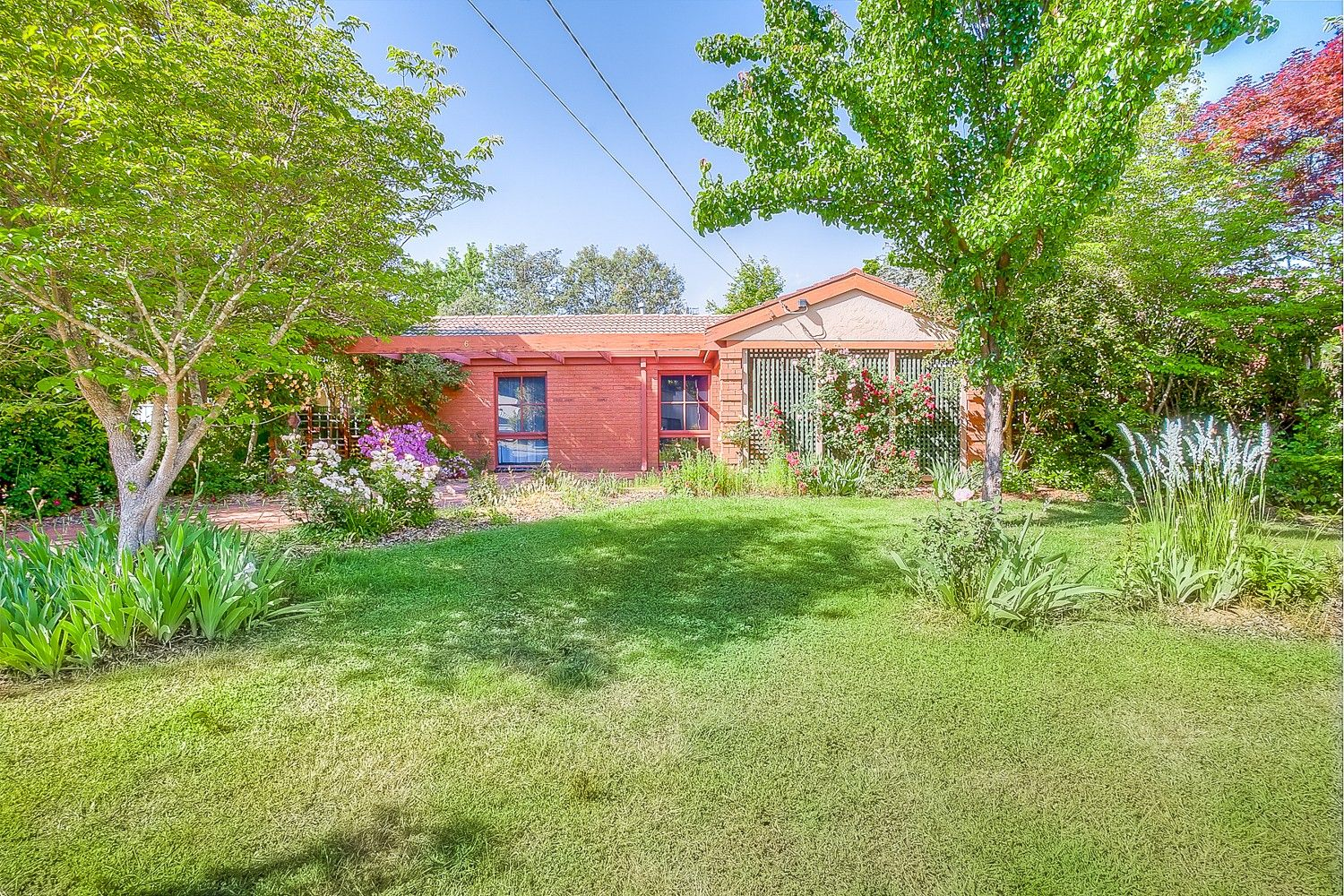 Entry Point Home, Fantastic Location