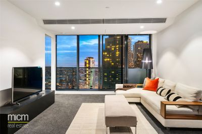 Gorgeous Three Bedroom Apartment in the Southbank Central Complex!