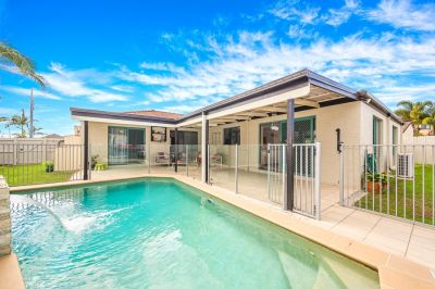 8 Voyagers Drive, Banksia Beach