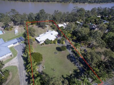 5,676M2 OF PURE RIVER FRONTAGE IN ACREAGE ESTATE – PRICED TO SELL!
