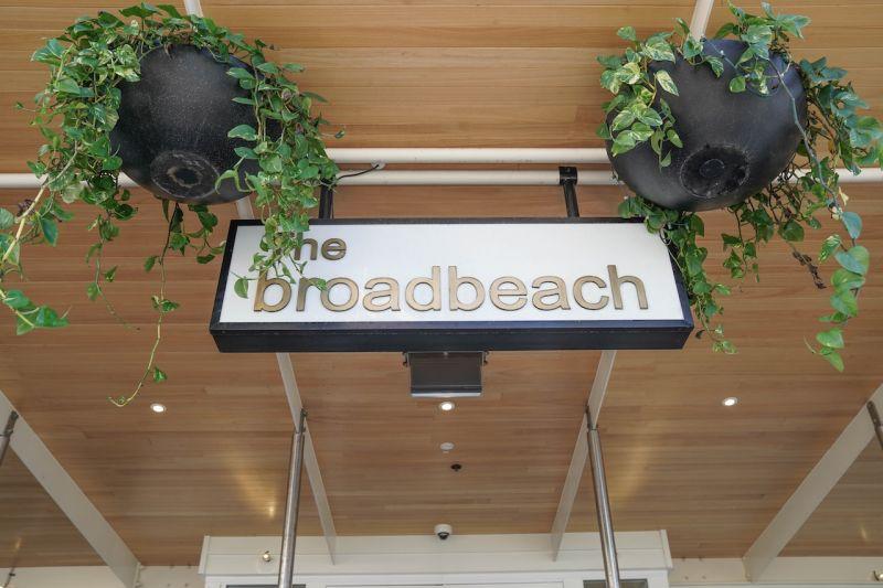 Level 9/902/42 Surf Parade, Broadbeach