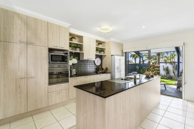 Immaculate Spacious 4 Bed Excellent Opportunity