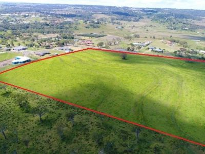 Lot7 Old Homebush Road Gowrie JunctionHighly Motivated Seller needs this SOLD !!  18 Block Subdivision