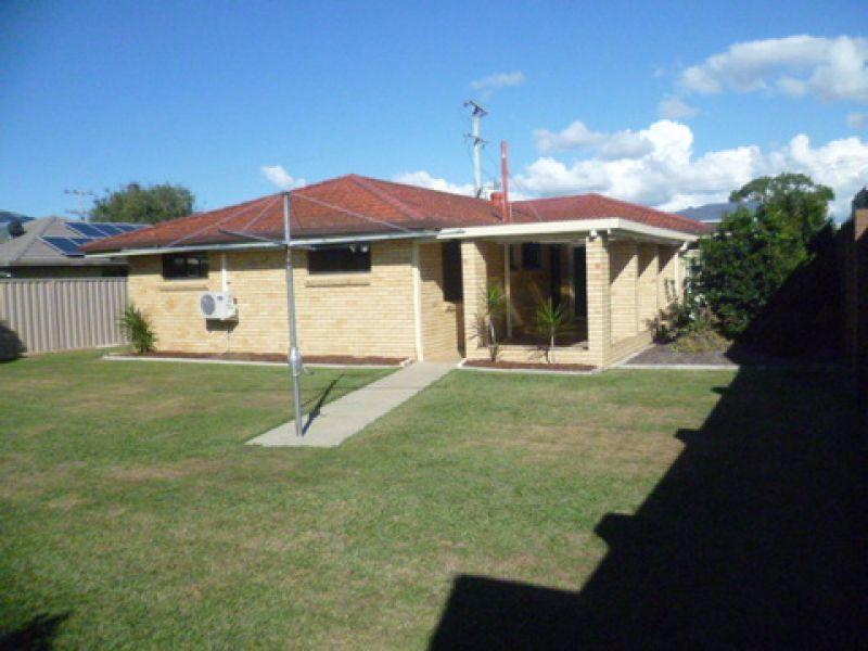 Private Rentals: Strathpine, QLD 4500