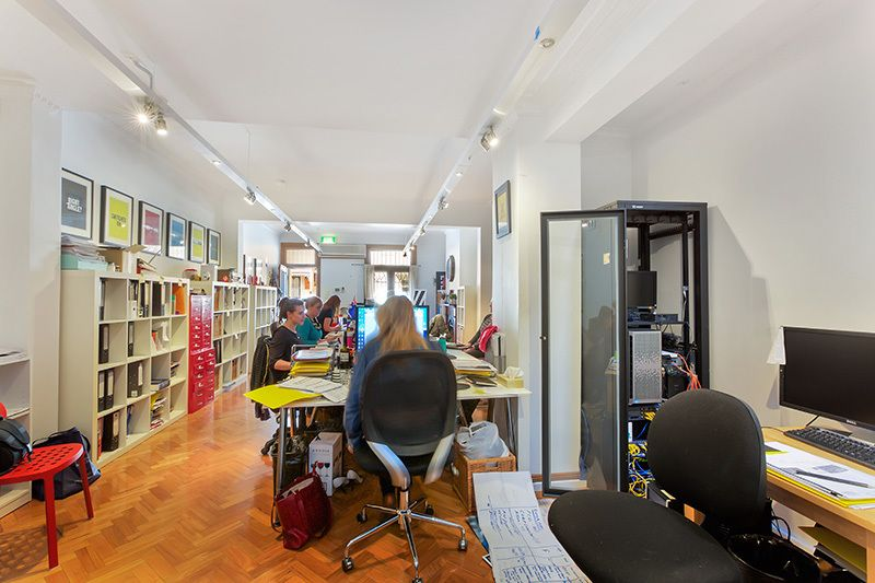 STUNNING VICTORIAN TERRACE IN THE HEART OF SURRY HILLS CAFÉ PRECINCTS
