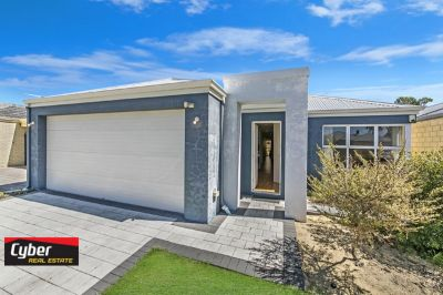 GREAT LOCATION MODERN FAMILY HOME