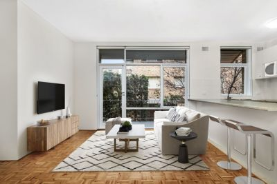 Bright and Spacious Two Bedroom Apartment with a short walk to Bondi Beach