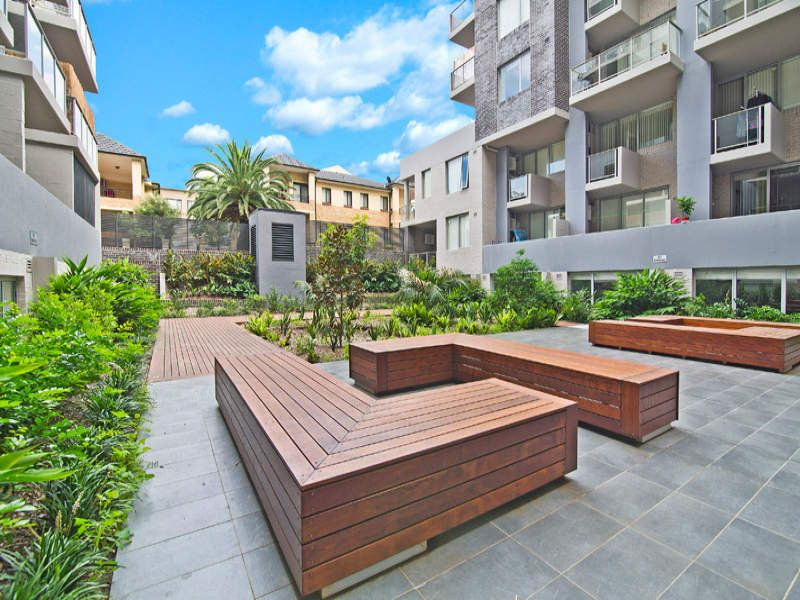4/108 James Ruse Drive, Rosehill
