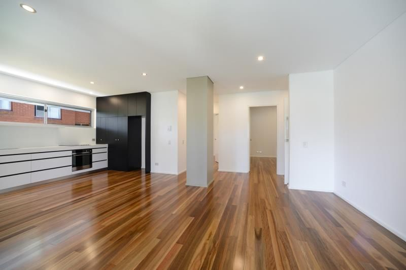 Brand New 2 Bedroom Unit - Walk to Coogee Beach!!!