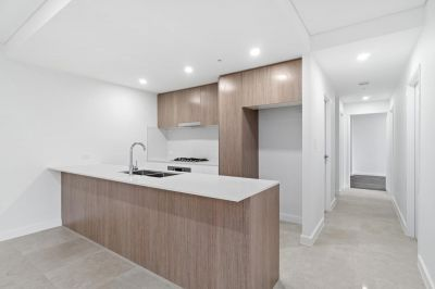 Brand new 2 bedroom with large courtyard