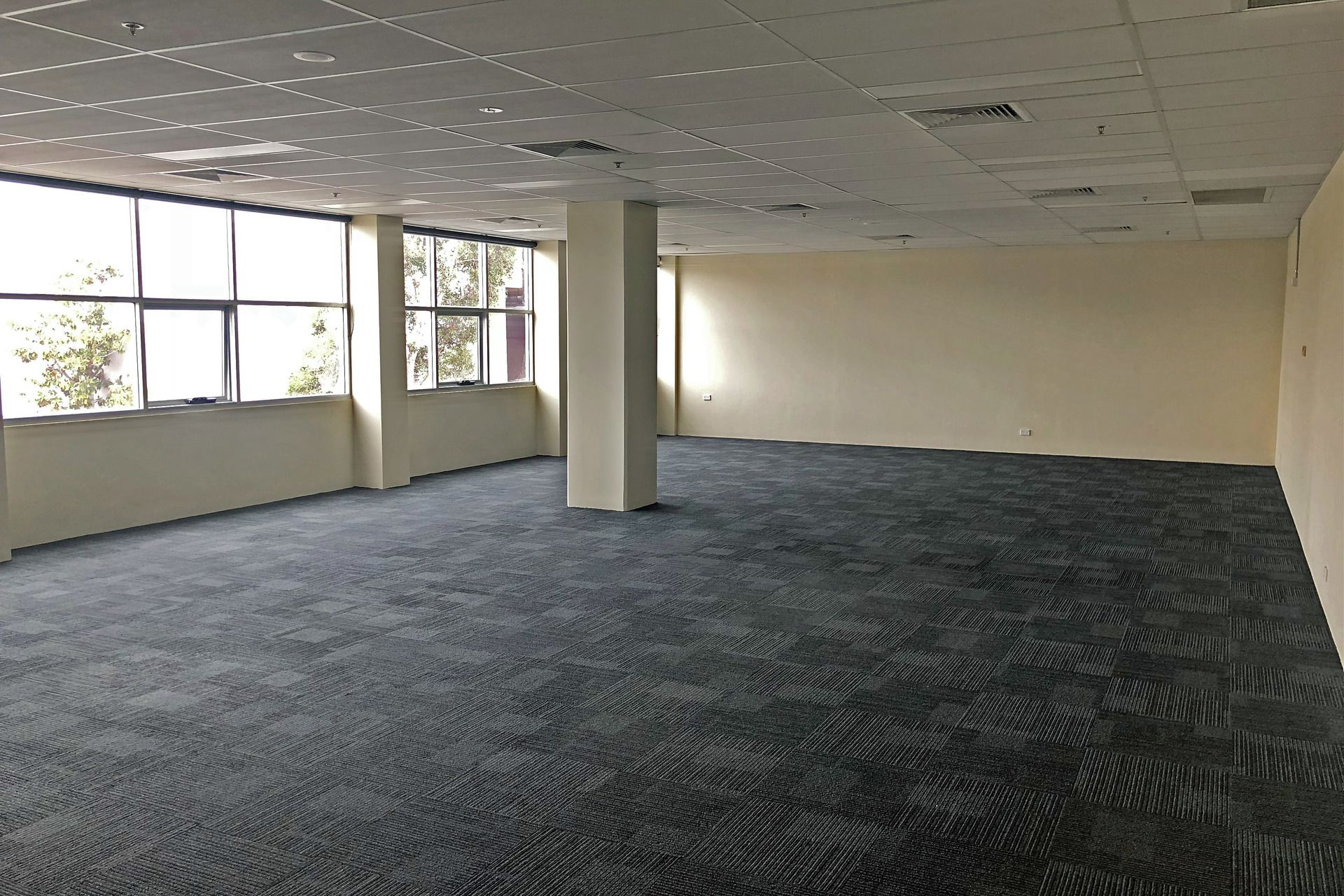 Open Plan Office In Busy Shopping Complex