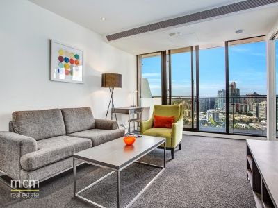 22nd Floor Epic' Living with Light and Bay Views!